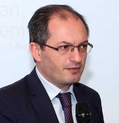 Vakhtang Abrahamyan photo